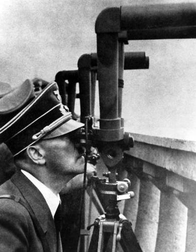 Adolf Hitler - Warsaw 1939