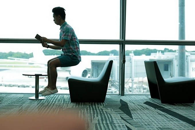 Le persone levitanti di Jeff Cheong e Jayden Tan