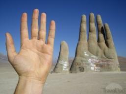 Mario Irarrazabal - El Mano del Desierto