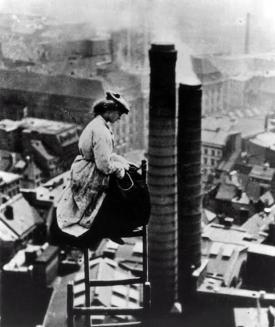 Un costruttore di sesso femminile, Berlino c. 1900