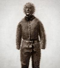 L'armatura di un cacciatore di orsi siberiano del 1800