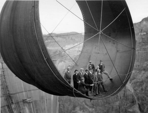 Costruzione di una turbina per la diga hoover dam