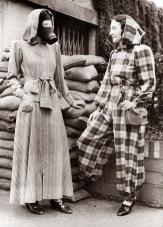 Londra, Inghilterra 14 settembre 1939. L'ultima moda in un rifugio anti raid aereo