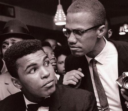 Malcolm X scherza con Muhammad Ali, New York, 1963