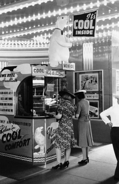 Il primo cinema con l'aria condizionata a Chicago, 1940