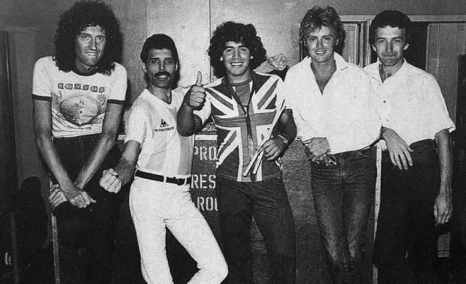 I Queen con Diego Maradona nel 1981