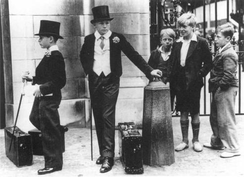 La differenza di classe in Gran Bretagna prima della guerra. Foto di Jimmy Sime, 1937