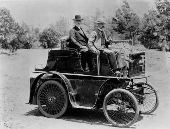 La prima automobile a Los Angeles, 1897. Costruita da J. Philip Erie