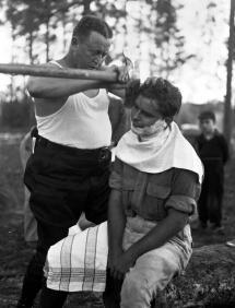 Come si radono i veri uomini, 1940