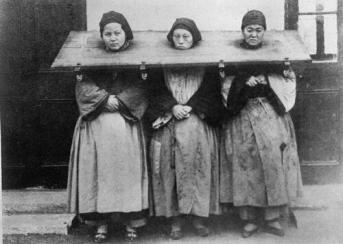 Tre donne colpevoli di stregoneria, Cina, 1922