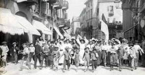 Vercelli 1906, manifestazione di mondine per le otto ore