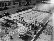 Una pista da bowling all'aperto a Hollywood, California, 1929