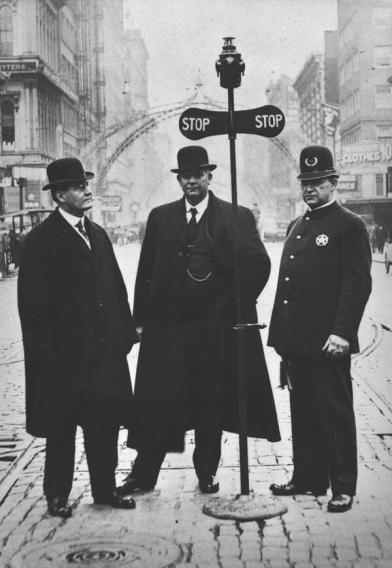 Portland, il primo segnale del traffico in Oregon, 1915