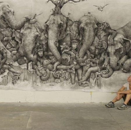 Dipintodell'artista statunitenseAdonna Khare