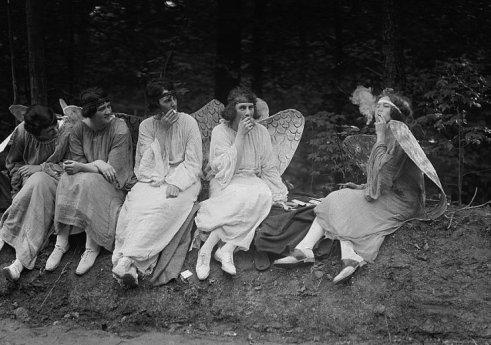 Angels, 1922