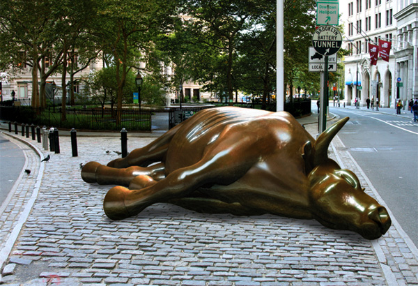 """Dead Bull""dell'artista sudcoreano Ji Lee"