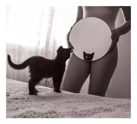 Allo specchiodiAutore sconosciuto