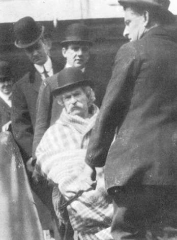 L'ultima foto nota di Mark Twain, 1910