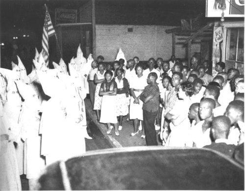 1938 scontro tra il Ku Klux Klan e africani residenti americani di Lakeland, Florida
