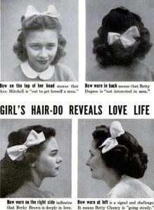 """""""Il fiocchetto di una ragazza rivela la vita amorosa"""" LIFE 1944"""