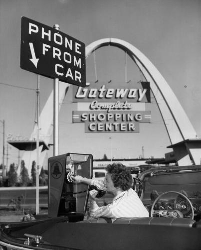 Telefono utilizzabile dalla macchina, 1959