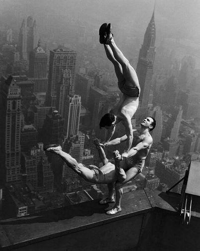 Acrobati sull'Empire State Building