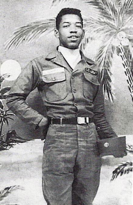 Jimi Hendrix con l'uniforme dell'esercito degli Stati Uniti, 1961
