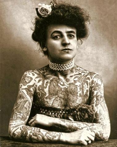 Maud Wagner, la prima artista donna tatuata negli Stati Uniti 1911