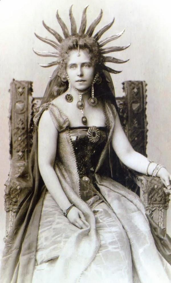 Regina Maria di Romania 1890