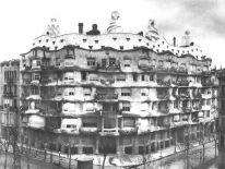 Casa Milá, Barcelona (1914)