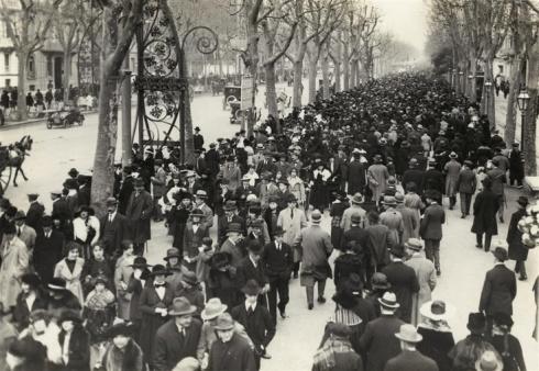 Passeig de Gracia (Barcelona) 1920