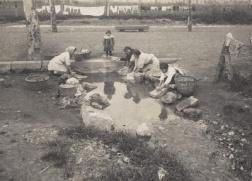 Servizio di pubblica utilità nella Gran Via Frederic Ballell 1917 Archivio fotografico di Barcellona