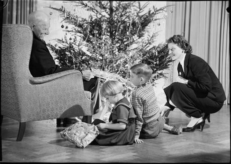 Natale sotto l'albero nel 1940