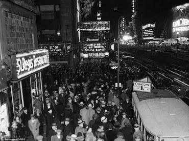 Pur essendo nel bel mezzo della Grande Depressione, festaioli celebrano in grande stile nel 1931