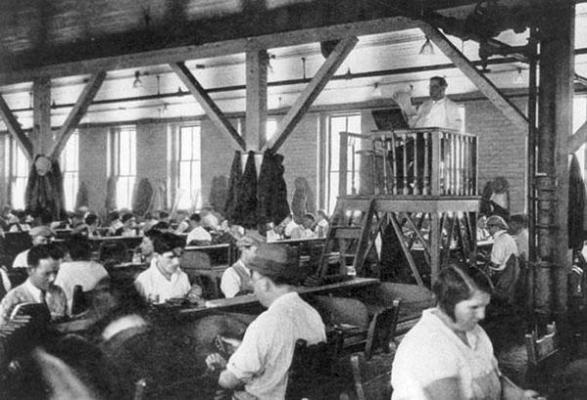 Lettore umano per operai in fabbrica