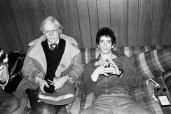 Andy Warhol e Lou Reed, 1976 (By Mick Rock)