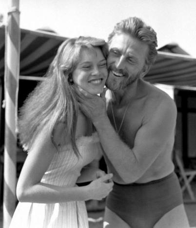 Brigitte Bardot e Kirk Douglas