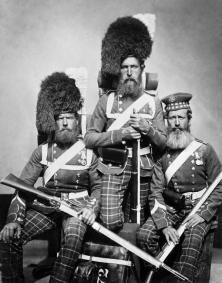 Gli uomini del 72 Highlanders che hanno partecipato alla guerra di Crimea. William Noble, Alexander Davison e John Harper