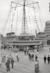 New York circa 1905. Luna Park a Coney Island