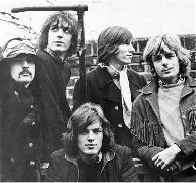 Pink Floyd, gennaio del 1968. Una delle poche foto note con tutti i cinque componenti