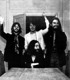 L'ultima foto di tutti e quattro i Beatles insieme 22 agosto 1969 (da Ethan Russell)