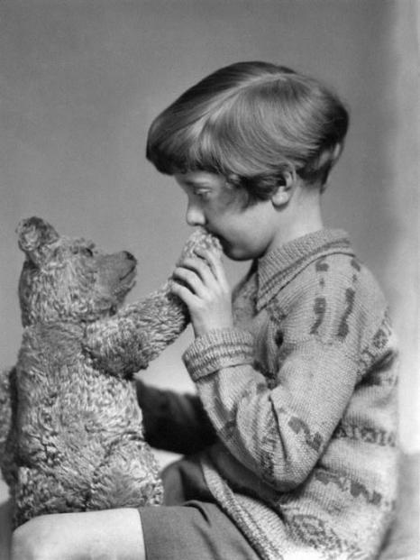 L'originale Winnie the Pooh e Christopher Robin, 1927