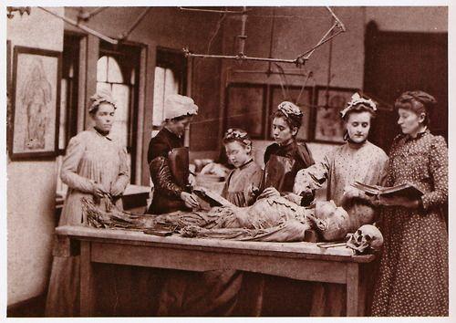 Il Medical College per donne della Pennsylvania, Philadelphia, 1892