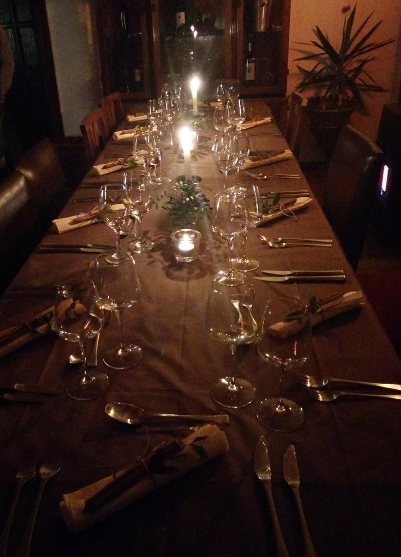 Home social restaurant Cagliari - tavola apparecchiata