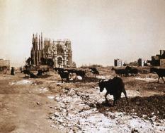 La Sagrada Família di Gaudi - Barcellona, c. 1915