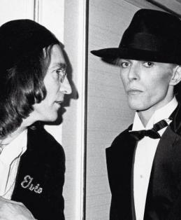 John Lennon e David Bowie ai Grammy Awards 1975