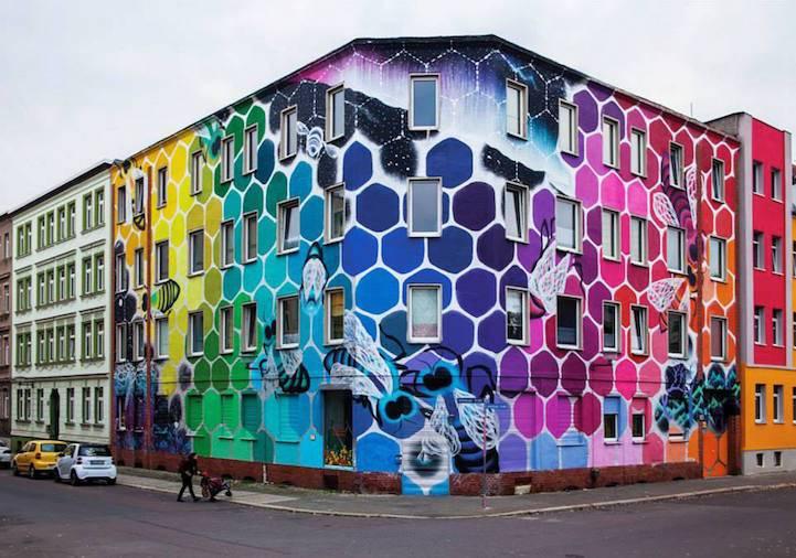 """Honeycomb of Life"" dell'artista argentinaMarina Zumi"