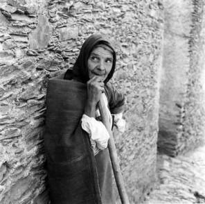 Mario de Biasi - donna sarda