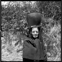 Mario de Biasi - donne sarde - Gallura, 1974