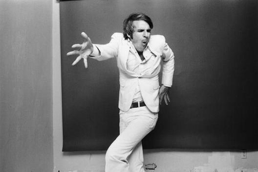 Steve Martin, 1977. Fotografia di Norman Seeff